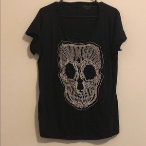 Large MAURICES Embroidered Skull Shirt